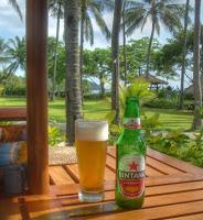 Een frisse Bintang in het Bluebird Hotel op Lombok