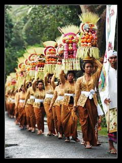 Bali Hotels Ubud bieden bezoek aan tempelceremonies